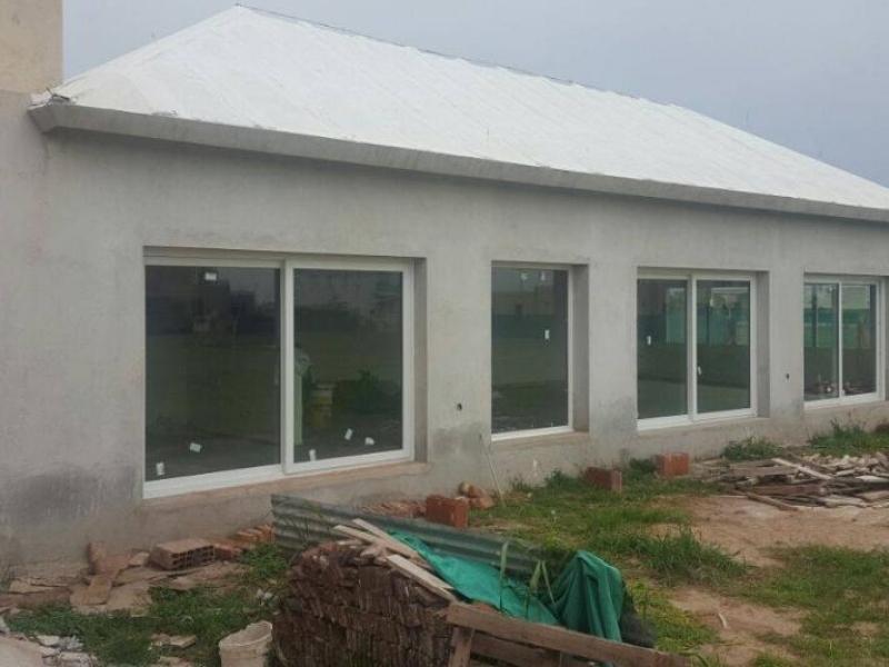 Instalación de aberturas de PVC Rehau en 7 Soles
